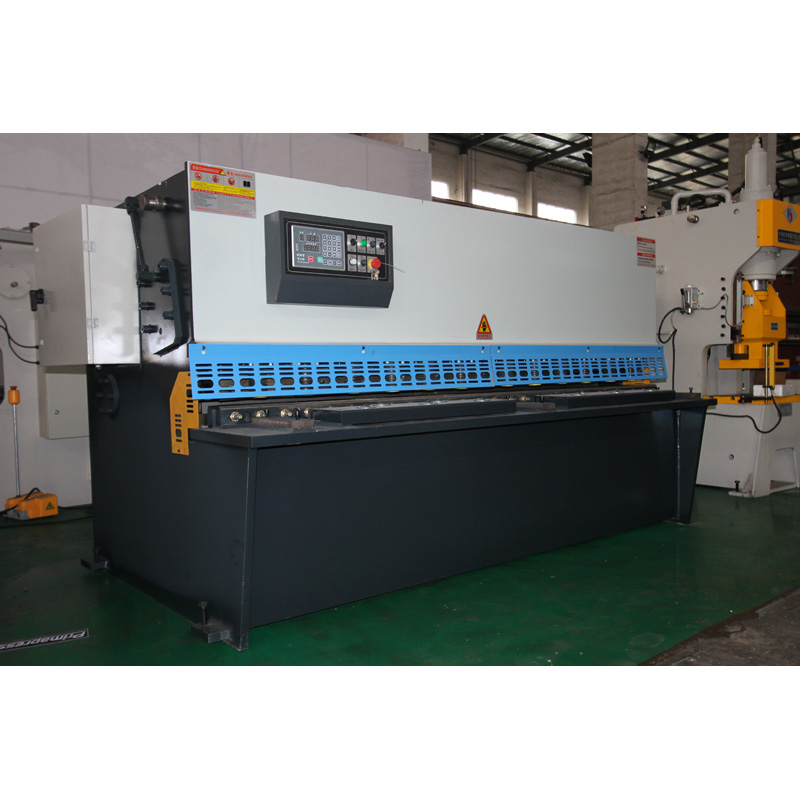 QC12 Guillotine Shear Hydraulic Metal Sheet Cutting Machine